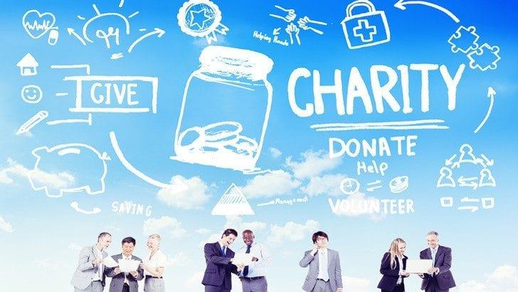 Donatur Galang Dana Untuk Pendidikan
