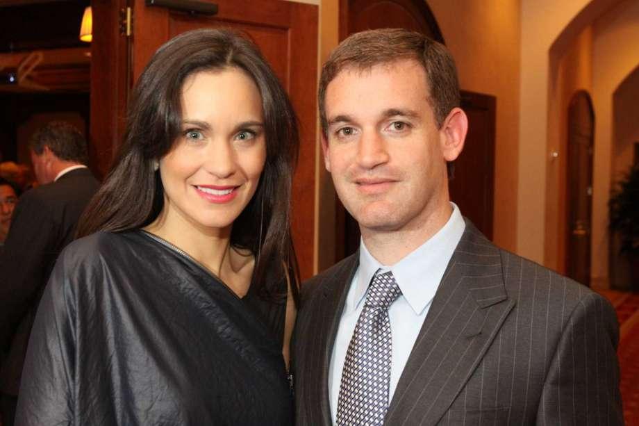 John dan Laura Arnold